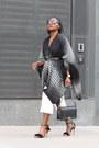 Finders-keepers-dress-chanel-bag-tom-ford-sunglasses-aquazurra-heels
