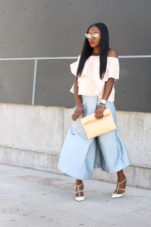Celine bag - Oliver Peoples sunglasses - White Studded heels - Blue pants