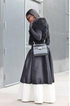 Shabby Apple skirt - balenciaga bag - Prada sunglasses - Steve Madden sandals