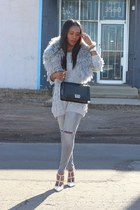 Gray Cosy sweater - Gray Ripped jeans - Le Boy bag - Rockstud Valentino heels
