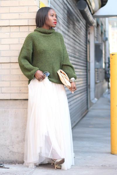 Olive Green sweater - Beige bag - black sunglasses - Off White Tulle skirt