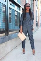 Bag bag - pants pants - Top top - heels heels