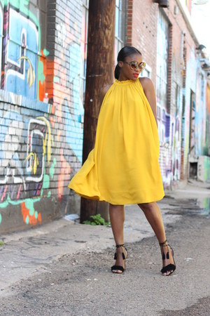 Aquazzura shoes - banana republic dress - Tom Ford sunglasses - sunglasses