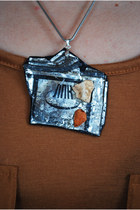 Silver-oogna-east-necklace