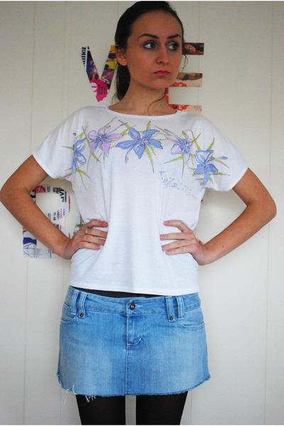 white unknown t-shirt
