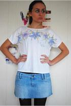 White-unknown-t-shirt