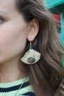 Oogna East Earrings