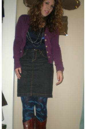 purple cardigan - blue Forever 21 top - silver Forever 21 necklace - blue HUE ti