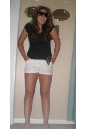 D&G sunglasses - t-shirt - Express shorts - shoes