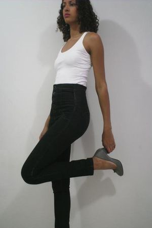 white unknown brand top - black c&a jeans - gray Dbora Bertti shoes
