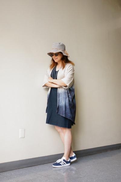 stripe bucket Magid hat - navy linen sack Urban Renewal dress