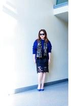 black lace sans souci skirt - navy chunky Zara sweater