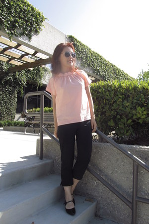 franco sarto shoes - aviator tommy bahama sunglasses - cropped Forever 21 pants