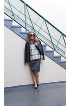 gray pencil Tulle skirt - Fratelli Talli hat - Guess jacket - quay sunglasses