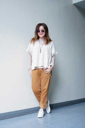 camel BDG jeans - JCrew sweater - strong brow Profound Aesthetics sunglasses