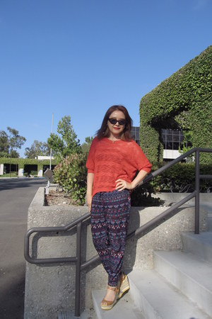 cotton Aphorism sweater - Goldendaze sunglasses - espadrille Bongo wedges