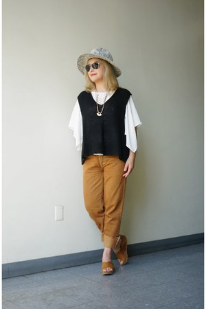 Silence  Noise vest - camel BDG jeans - Collection XVIII hat - MINE top
