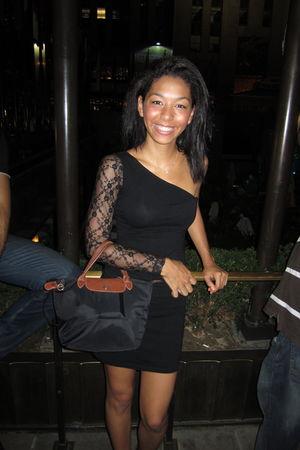 Longchamp Pliage bag - Motel dress - Tiffany & Co necklace