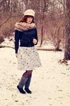 white novelty print modcloth skirt - ivory wool vintage hat