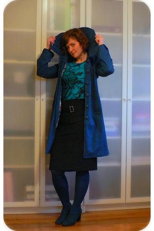 blue Tulle coat - blue Express top - black matty m skirt - blue HUE tights - blu