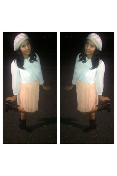 pleated skirt Forever21 skirt - boots - H&M hat - Forever21 blouse