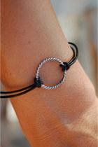 Circle-bracelet-reborn-bracelet