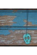 Mint-skull-reborn-necklace