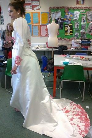 Miss Middleton dress - Miss Middleton cape