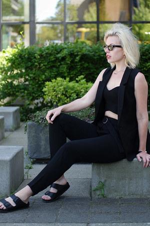 black asos jacket - black wayfarer Ray Ban sunglasses - black asos top