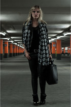 black asos dress - black Oasis jacket - black InVito scarf - black Zara bag