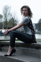 black ComeGetFashion heels - heather gray Noa&Ivy t-shirt - black Mango pants