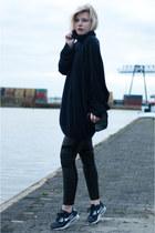 navy nike sneakers - navy Maison Martin Margiela for H&M sweater