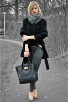 black oversized big Zara coat - black H&M sweater - black melie bianco bag