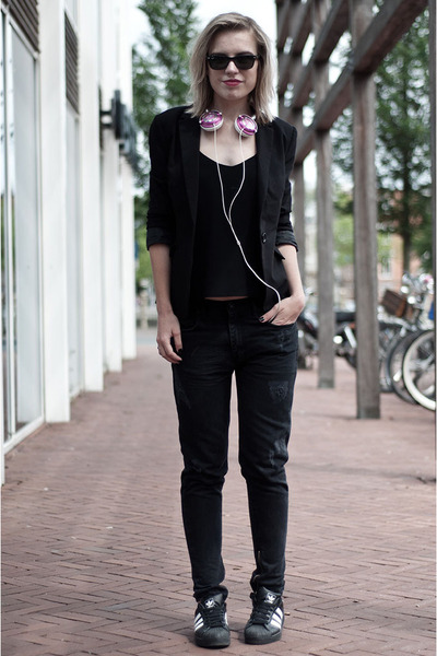 black Issue 13 jeans - black Scapino blazer - black H&M Trend vest