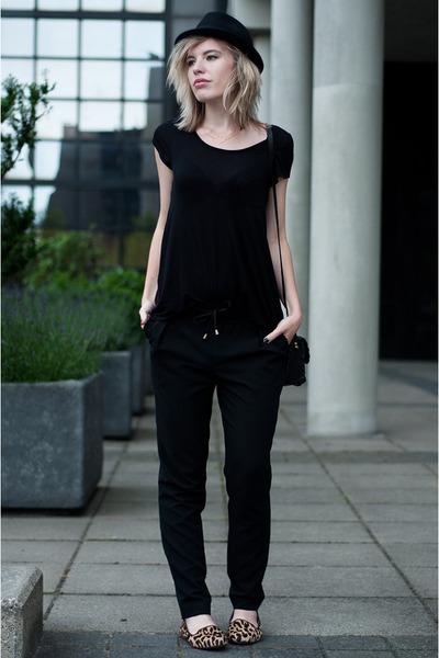 black H&M hat - black Shop Affaire bag - black WE fashion pants