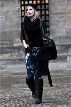 black Sacha boots - black Zara coat - navy H&M jeans - black H&M hat