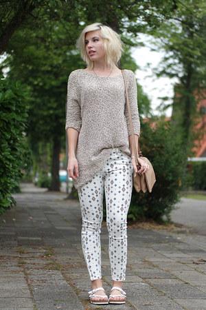 tan Zara jumper - white Zara jeans - tan Glambagnl bag