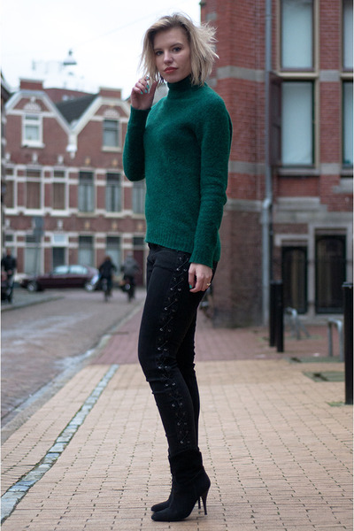 dark green H&M Trend sweater - black Zara boots - black Zara jeans