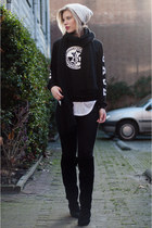 black the Sting sweater - black H&M New Icons boots - black Levis jeans