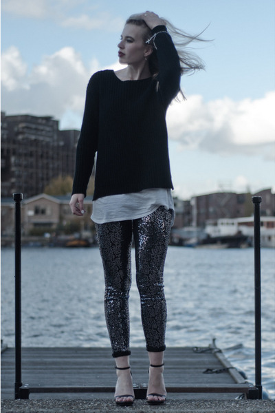 black H&M sweater - silver the Sting leggings - black Zara sandals