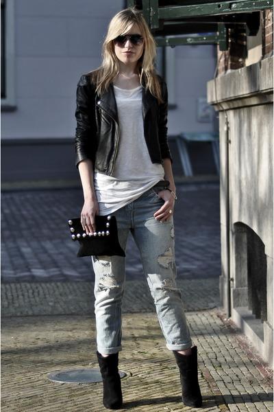 Light Blue Zara Jeans Black Mango Boots Black Oasis