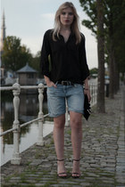 light blue H&M shorts - black Vero Moda shirt - black Frenchonista bag