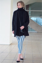 black Drykorn coat - sky blue the Sting jeans - black Issue 13 sweater