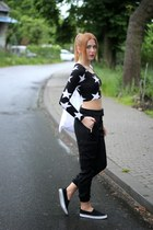 black H&M bag - white H&M top - black Zara panties - black H&M sneakers