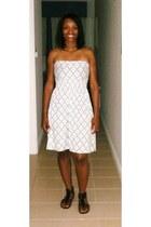 white summer unknown brand dress - black gladiator sandals