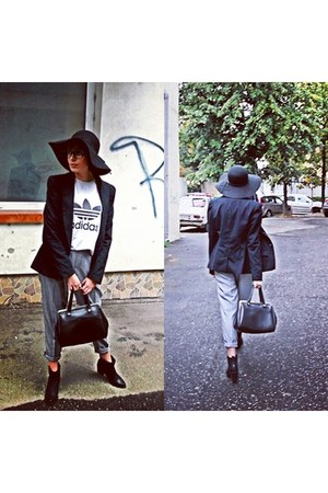 black New Yorker boots - black jennyfer hat - silver Adidas shirt