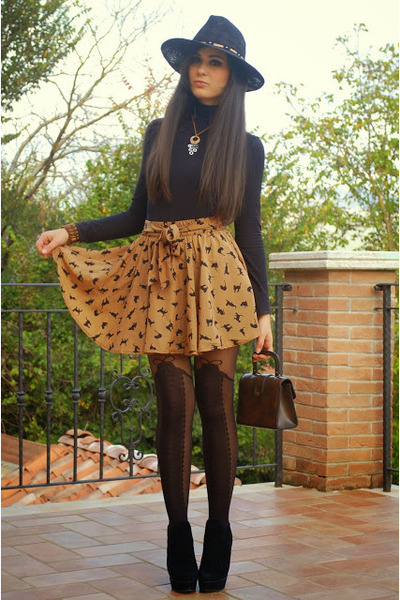 brown PERSUNMALL skirt - black Aldo boots