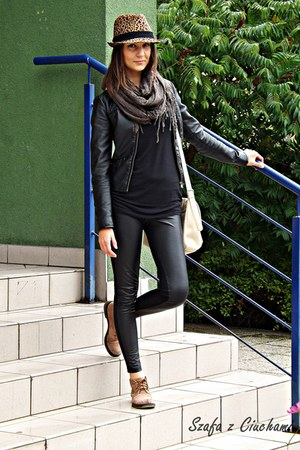 Mohito hat - Genetic boots - jstradivarius jacket - leather reserved leggings