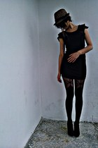 dress,shoes,black