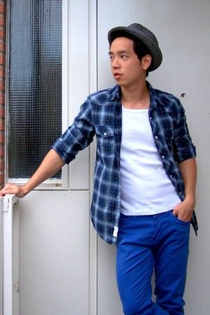blue skinny Zara jeans - silver fedora pull&bear hat